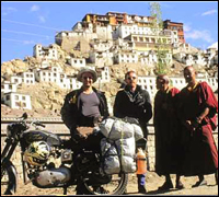 Taking a break on Ladakh-Motorcycling